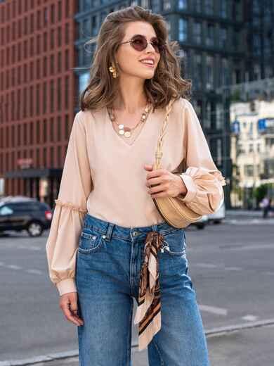 Бежевая блузка с V-образным вырезом и объемными рукавами 49385, фото 1