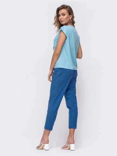 Брючный комплект голубого цвета с блузкой 48214, фото 2