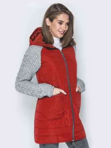 Красная куртка с вязаными рукавами и вшитым капюшоном - 20714, фото 2 – интернет-магазин Dressa