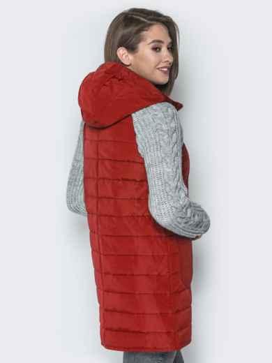 Красная куртка с вязаными рукавами и вшитым капюшоном - 20714, фото 3 – интернет-магазин Dressa