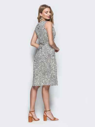 Приталенное платье-миди из софта с принтом белое 38682, фото 2