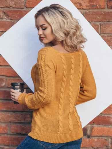 Свитер горчичного цвета с двумя видами вязки на полочке - 16031, фото 3 – интернет-магазин Dressa