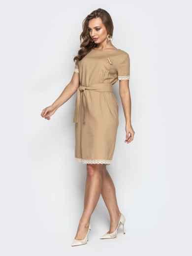 Свободное платье с кружевом по низу и поясом бежевое 21160, фото 3