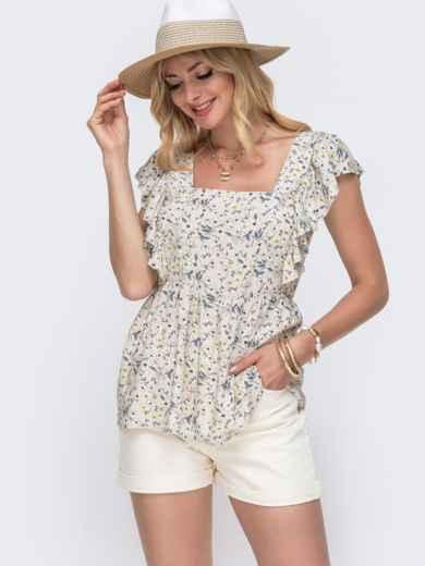 Бежевая блузка из штапеля с принтом и баской - 49126, фото 2 – интернет-магазин Dressa