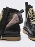 Зимние ботинки чёрного цвета с контрастной подошвой 51726, фото 4