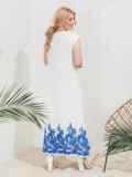 Приталенное платье батал с вышивкой по низу белое 46215, фото 3