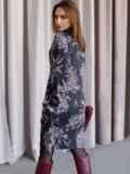Черное платье с принтом со спущенным плечом и воротником-стойкой 52856, фото 2