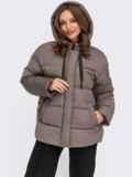 Зимняя куртка коричневого цвета с вшитым капюшоном  55604, фото 2