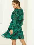 Зеленое платье с принтом и воланом по низу 52939, фото 4