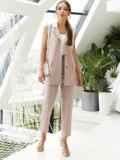 Льняной костюм из жилета и укороченных брюк пудровый 54129, фото 2