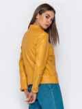 Желтая куртка прямого кроя из эко-кожи 40995, фото 5