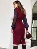 Комбинированное платье с шифоновыми рукавами и поясом бордовое 55201, фото 4