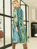 Шифоновое платье-рубашка с анималистичным принтом голубое 53354, фото 5