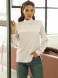 Классическая белая блузка из софта с кокеткой 52833, фото 3