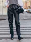 Черные брюки из эко-кожи застёгиваются на молнию 51673, фото 2