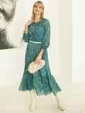 Шифоновое платье-миди с принтом и воланом по низу зеленое 52964, фото 3