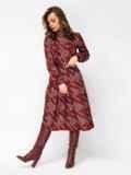 Бордовое платье в крупную «гусиную лапку» с воротником-гольф 52931, фото 4