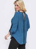 Голубая блузка батал из софта со шлевками на рукавах 49958, фото 3