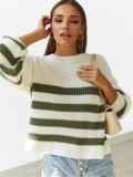 Молочный свитер свободного кроя в зелёную полоску 54894, фото 4