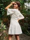 Приталенное платье из прошвы с воланом по низу белое 53454, фото 3