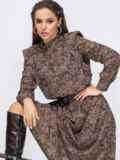 Расклешенное платье с принтом и подплечниками коричневое 51709, фото 2