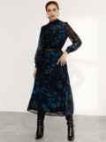 Расклешенное платье с принтом и воротником-стойкой черное 52539, фото 2