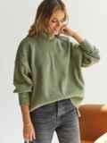 Зелёный свитер с высокой горловиной и удлиненной спинкой 54930, фото 1