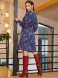 Темно-синее платье-трапеция с цветочным принтом 52658, фото 5