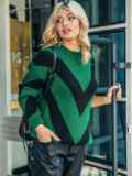 Свободный джемпер с контрастной вязкой зеленый 50371, фото 2