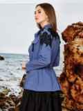 Рубашка с контрастным кружевом и кулиской по талии синяя 42202, фото 2