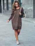Коричневое вязаное платье с перфорацией и резинкой на рукавах 17075, фото 2
