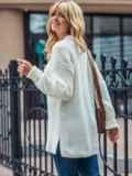 Молочный вязаный свитер с разрезами по бокам 54802, фото 2