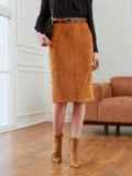 Прямая юбка из вельвета с разрезом спереди коричневая 53504, фото 2