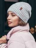 Зимняя шапка с отворотом светло-серого цвета 40527, фото 2