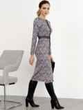 Коричневое платье-футляр с принтом и кружевом 52361, фото 4