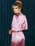 Розовое платье-футляр из атласа с расклешенными рукавами 51699, фото 8