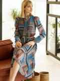 Шифоновое платье с геометрическим принтом и воротником-аскот коричневое 53078, фото 1